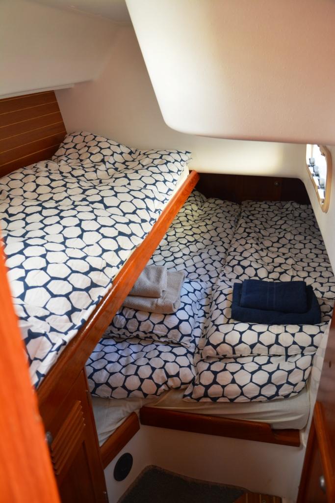 elan-38-aft-cabin3