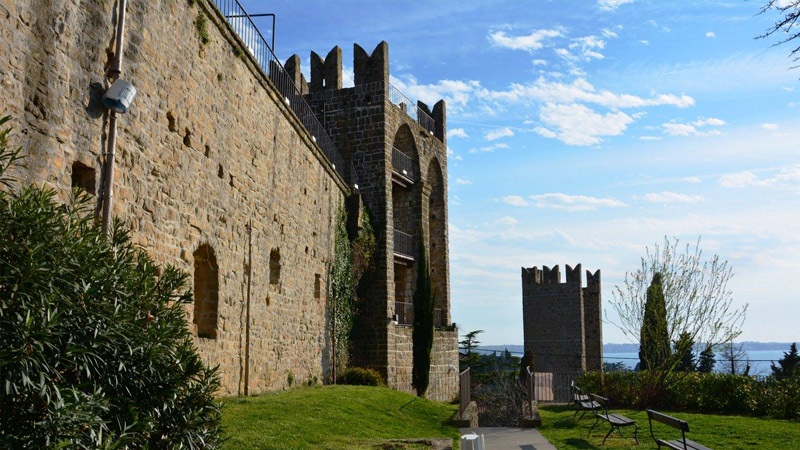 Крепостные стены Пирана
